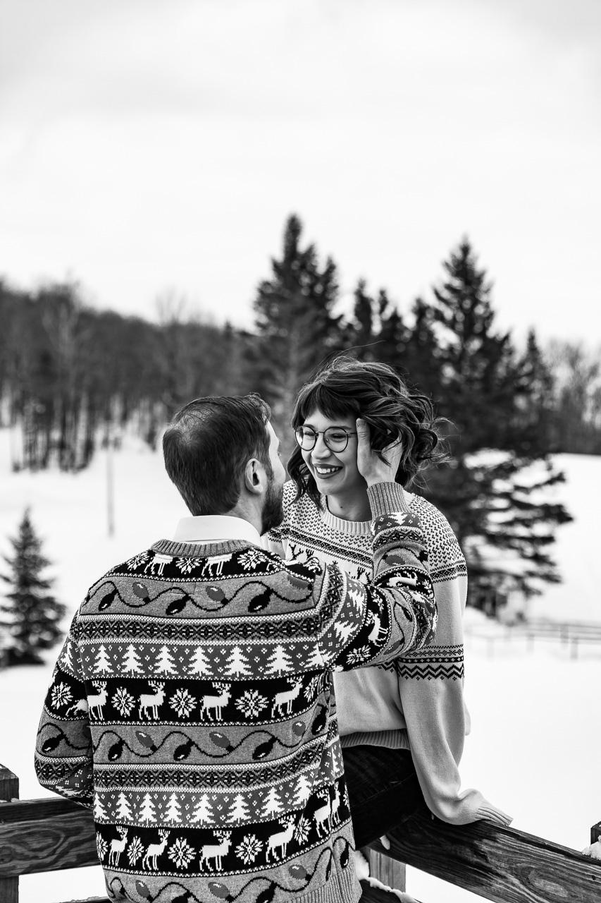 New York couples portraits engagement photographer mouse island creatives wedding photography studio senior photos headshots black white